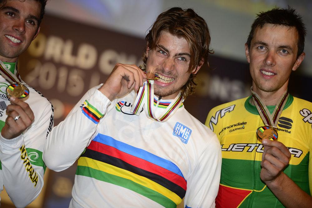 Peter Sagan endosse pour un an le maillot arc-en-ciel