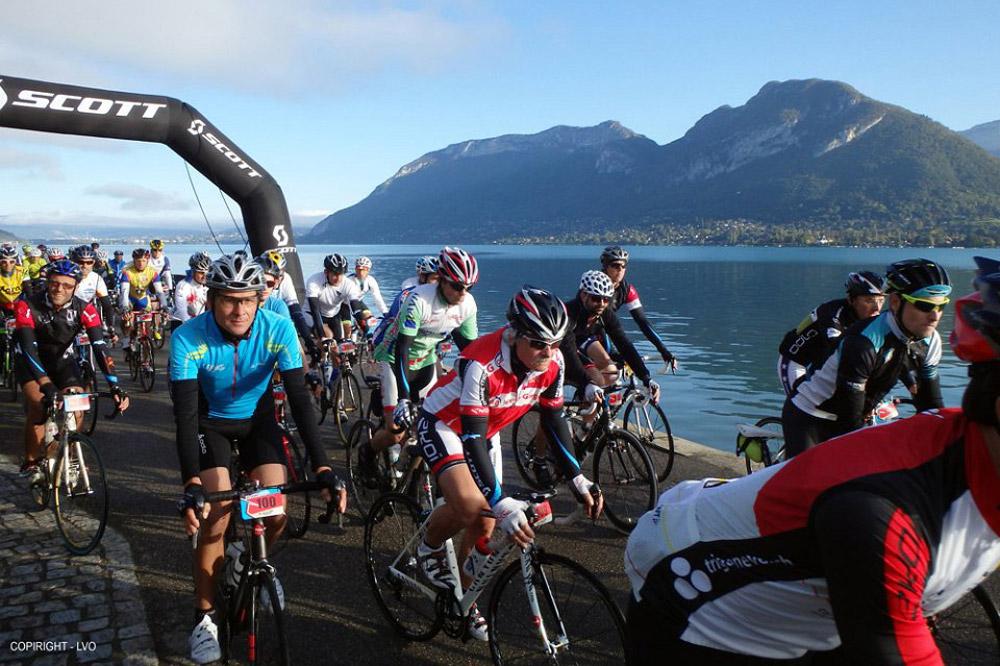 Le départ des Scott-Cimes du Lac d'Annecy