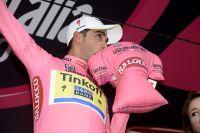 Alberto Contador retrouve le maillot rose