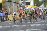 André Greipel s'impose au sprint sur les Champs-Elysées