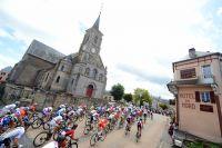 Le peloton du Tour de l'Avenir