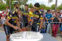 L'équipe Colombia se réunit à la signature