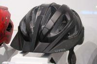 Le casque Uvex Adige CC