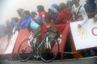 Fabio Aru a tenté de creuser son avance dans l'Alto del Campoo
