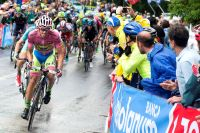 Alberto Contador teste ses adversaires en haut de Tre Monti