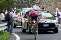 Jan Polanc tient bon dans la montée vers Abetone