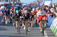 Mark Cavendish remonte Alexander Kristoff à Kuurne