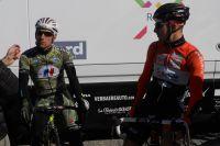 Rudy Barbier et Julien Duval discutent au GP La Marseillaise