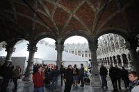 Le Palais des Princes-Évêques de Liège reçoit la présentation des coureurs