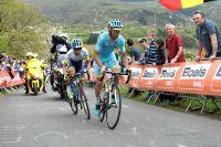 Michele Scarponi et Johan-Esteban Chaves en tête dans la Redoute