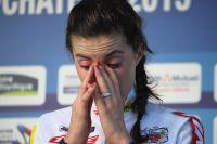 Maëlle Grossetête ne peut contenir ses larmes sur le podium