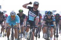 Mark Cavendish devance Andrea Guardini d'un rien