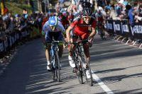 Michael Matthews s'arrache pour suivre Philippe Gilbert dans le Cauberg