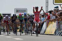 Nacer Bouhanni laisse derrière lui toute une meute de concurrents