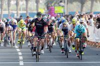 Sam Bennett vainqueur au sprint à Doha