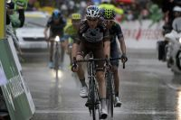 Romain Bardet en termine avec l'étape disputée sous la pluie
