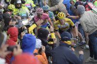 Steven Kruijswijk, Alberto Contador et Mikel Landa passent ensemble le sommet du Mortirolo