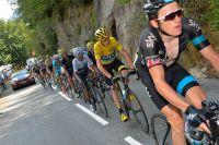 Chris Froome et Nairo Quintana campés dans la roue de Geraint Thomas