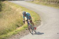 Vincenzo Nibali profite de la descente de la Rochette pour creuser l'écart