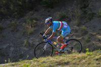 Vincenzo Nibali creuse l'écart dans la descente vers Gap