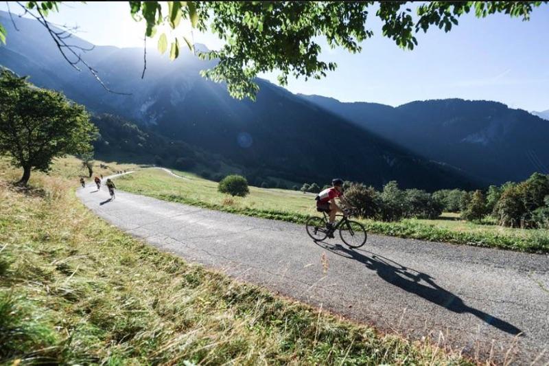 Haute routee des alpes courchevel la si belle for Haute route des alpes