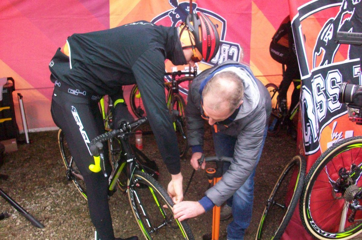 24 Heures Avec Le Cross Team By G4 (3/5), Actualité Vélo Cyclo-cross