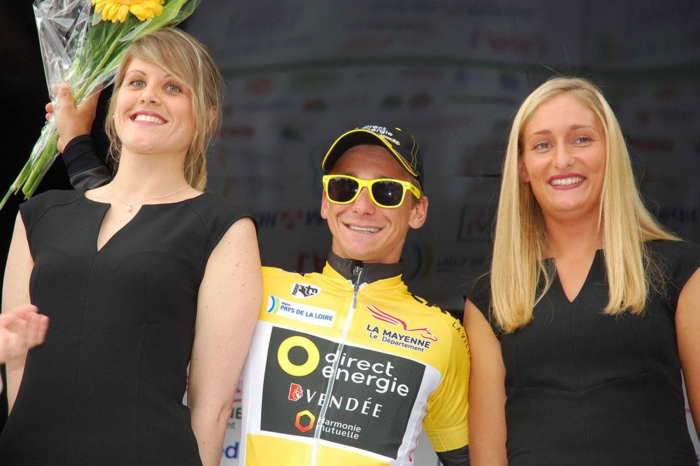 Bryan Coquard en jaune aux Boucles de la Mayenne