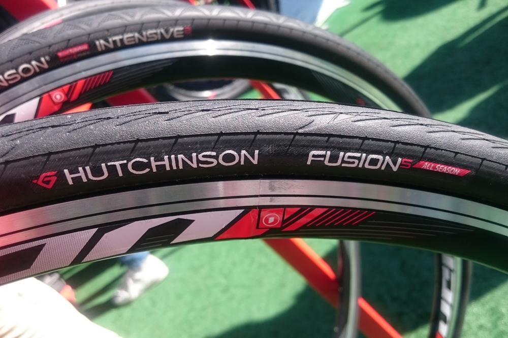 Le pneu Hutchinson Fusion 5 All Season