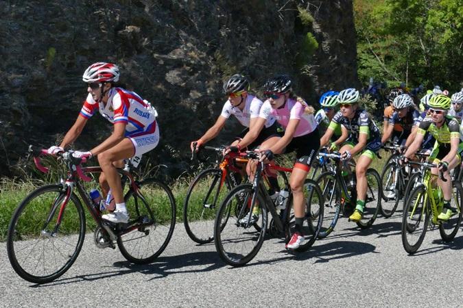 Le peloton du Tour de l'Ardèche 2015