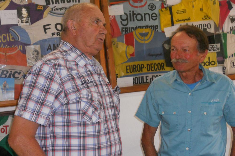 Louis Rostollan et Lino Lazzarini, à l'origine, par sa collection perso, d'une exposition cycles à Bedoin
