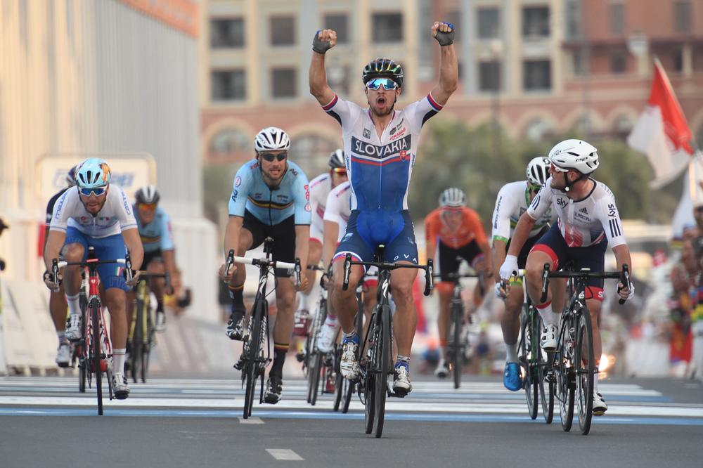 Peter Sagan rempile pour un an avec le titre mondial