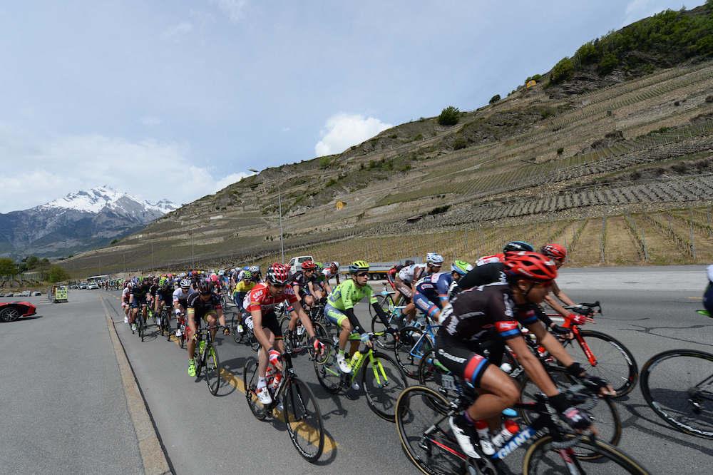 Le peloton du Tour de Romandie
