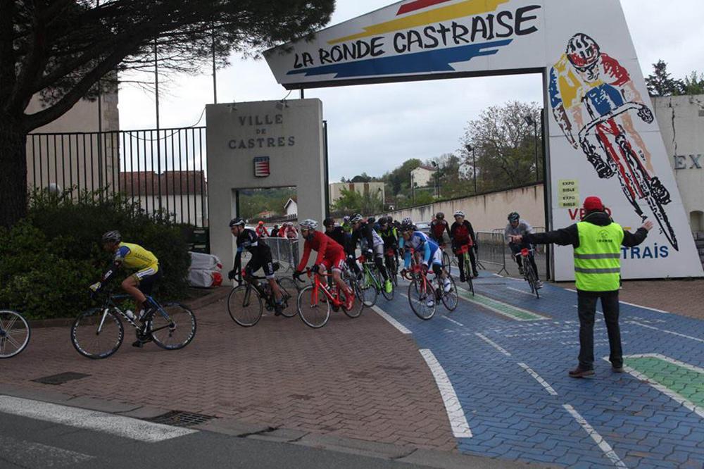 Le peloton de la Ronde Castraise