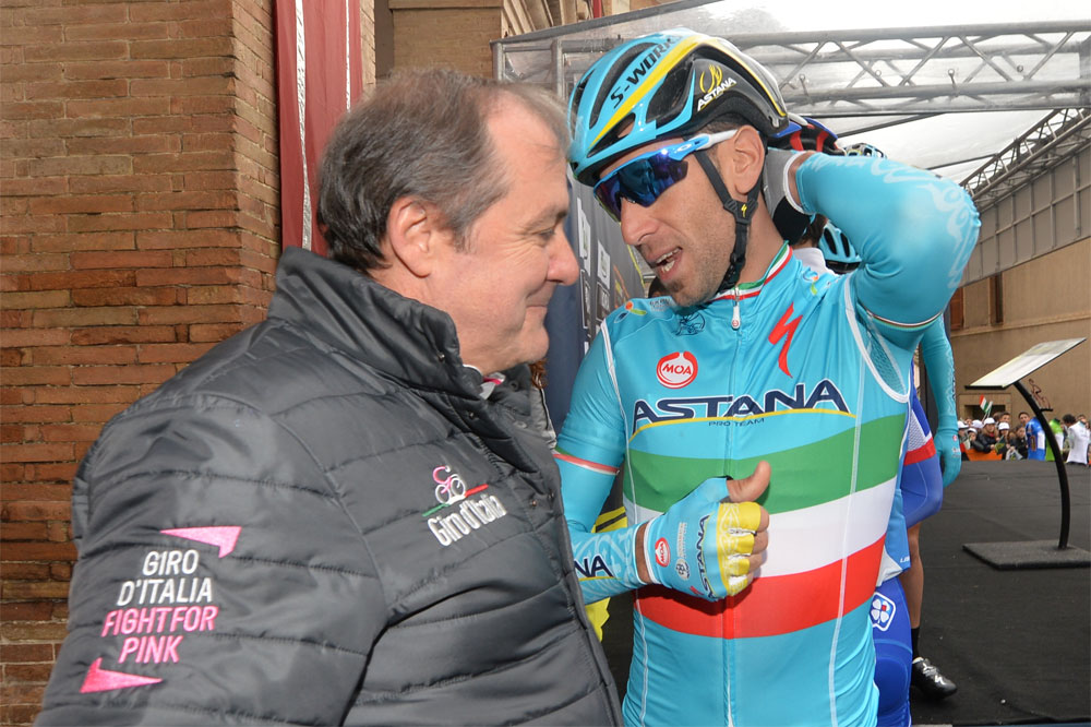 Vincenzo Nibali s'explique avec Mauro Vegni