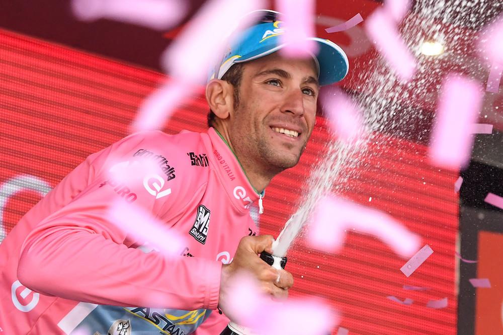 Le maillot rose pour Vincenzo Nibali