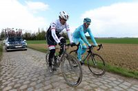 Fabian Cancellara en repérage sur le pavé de Roubaix