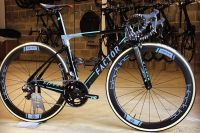 Le vélo Factor de One Pro Cycling