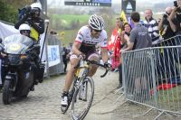 Fabian Cancellara bascule à 15 secondes de Peter Sagan au sommet du Paterberg