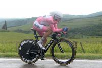 Gianluca Brambilla conserve son maillot rose