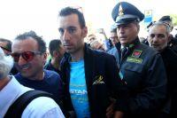 Vincenzo Nibali sous bonne escorte