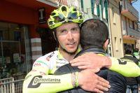 Manuel Belletti congratulé