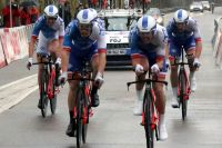 Emmenée par Marc Sarreau et Matthieu Ladagnous, la FDJ signe le meilleur temps