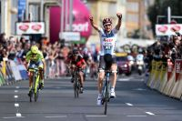 Tim Wellens vainqueur sur la Promenade des Anglais