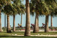 Le peloton du Tour du Qatar sur le circuit des Mondiaux à Doha