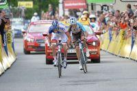 Romain Bardet et Thibaut Pinot se disputent la victoire à Méribel