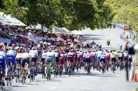 Le peloton du Tour Down Under en termine à Adélaïde