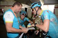 Les Astana étudient leur plan d'entraînement