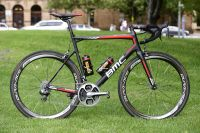 Le Teammachine SLR01 des BMC Racing Team
