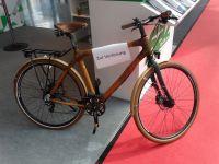 Un vélo tout en bambou