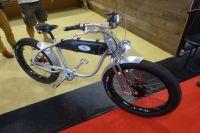 Une mobylette ou un vélo ?